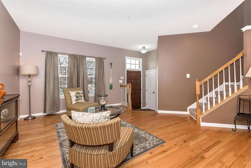 Family Room - 708 STONE SPRINGS LN, MIDDLETOWN