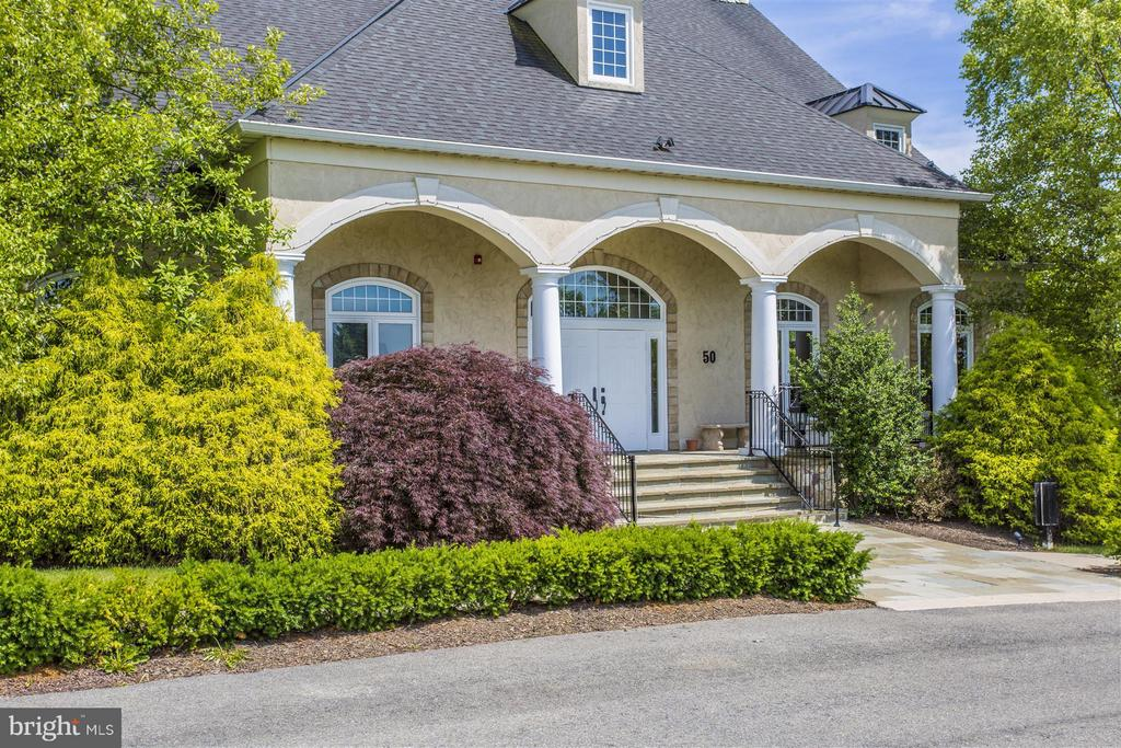 View - 708 STONE SPRINGS LN, MIDDLETOWN
