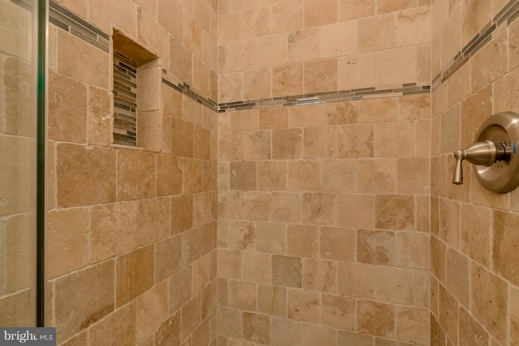 Renovated Tiled Shower - 10137 TURNBERRY PL, OAKTON