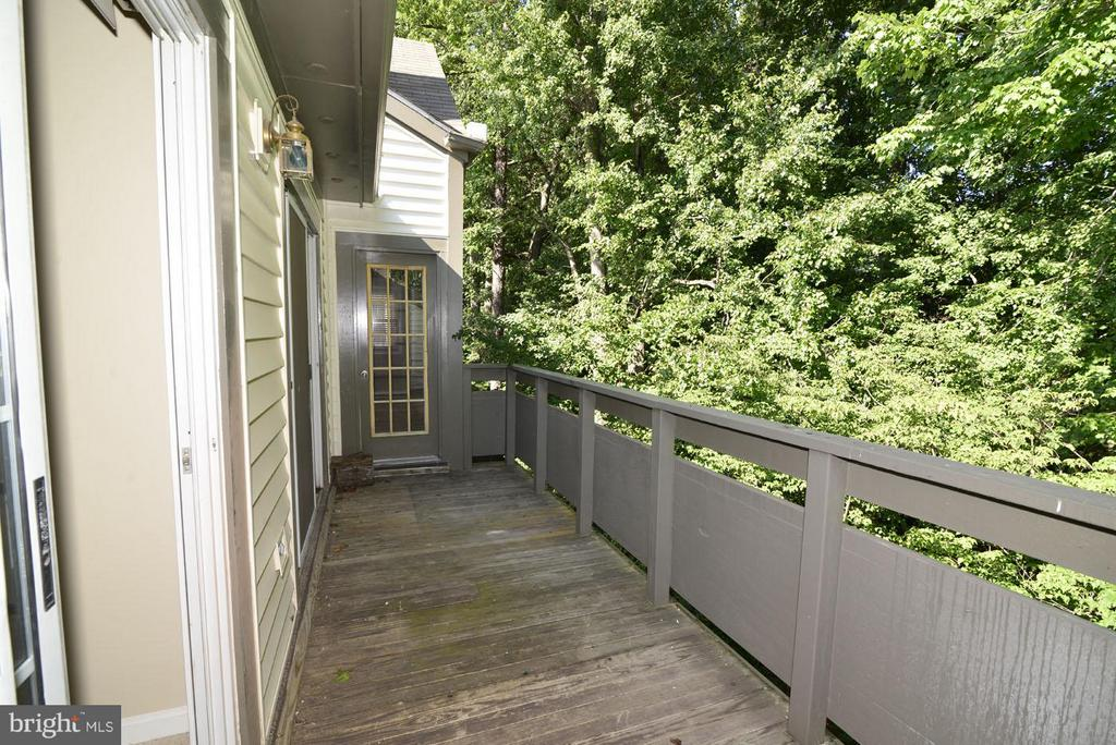 Exterior (Rear) - 2221 LOVEDALE LN #212B, RESTON