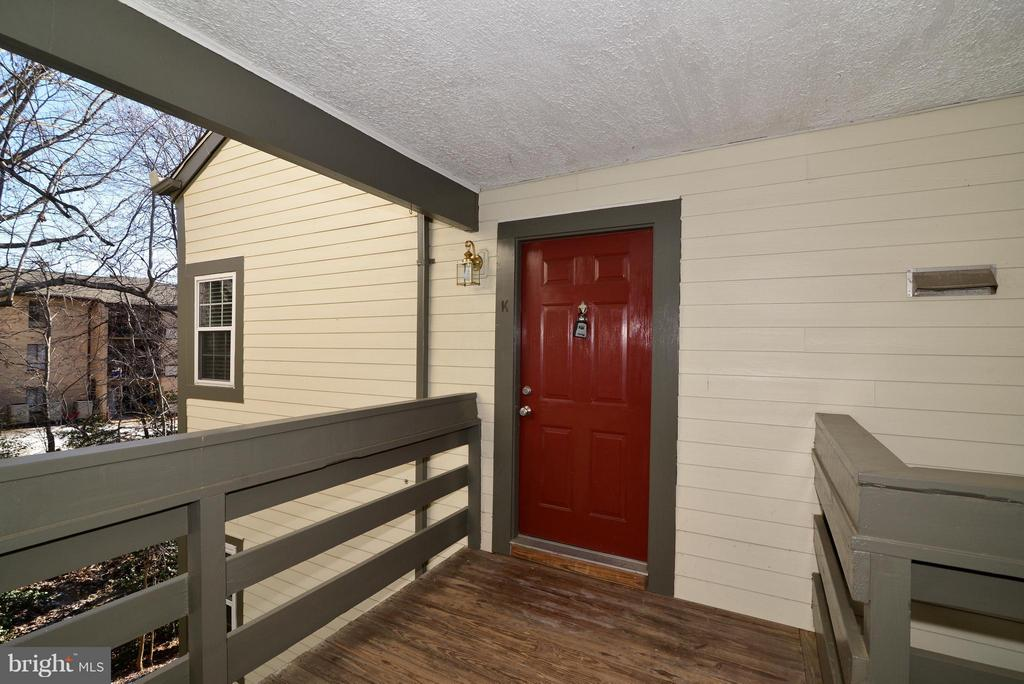 Exterior (Front) - 2221 LOVEDALE LN #212B, RESTON