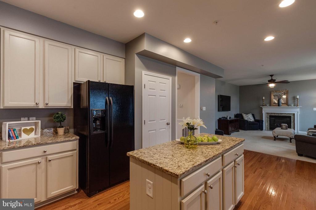 Kitchen - 5504 DOUBS RD, ADAMSTOWN