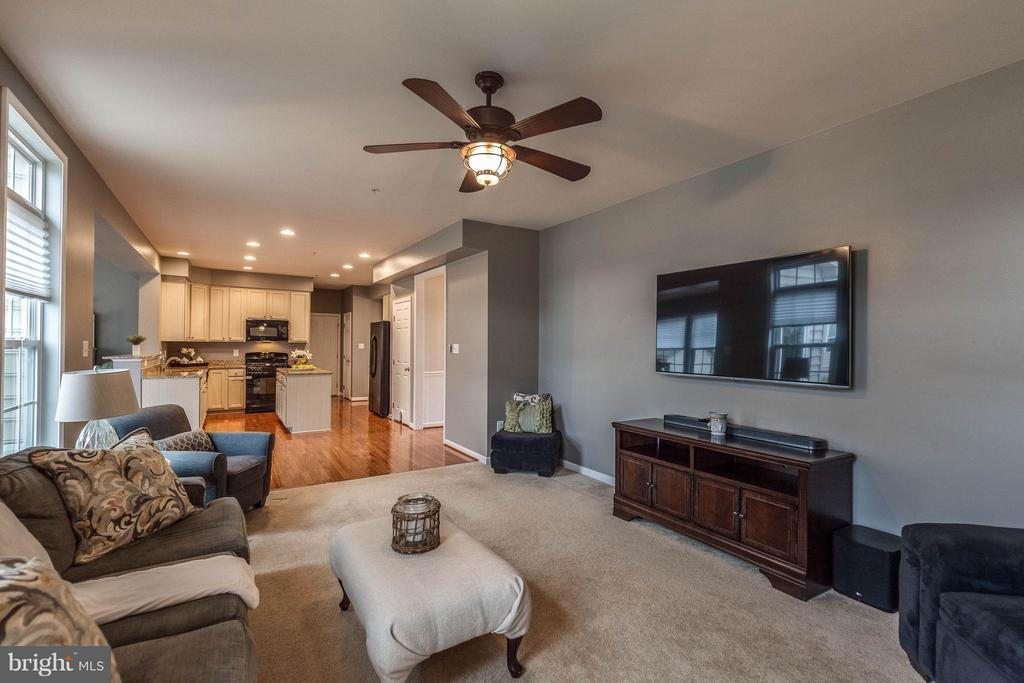 Family Room - 5504 DOUBS RD, ADAMSTOWN
