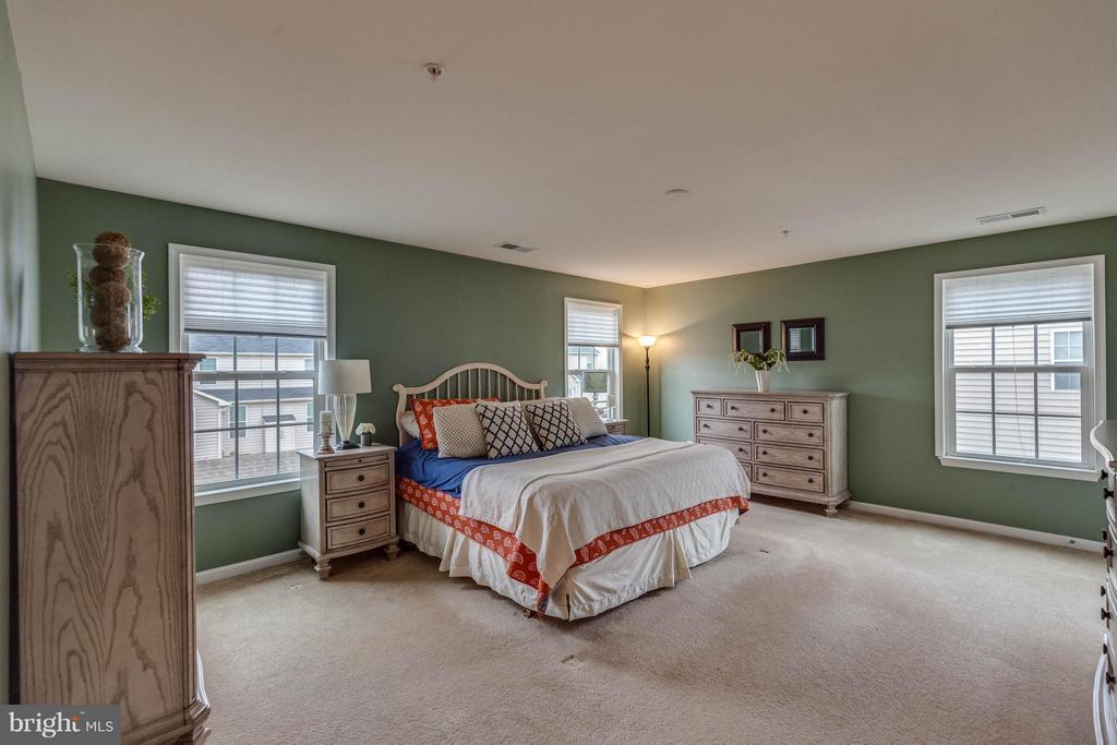 Bedroom (Master) - 5504 DOUBS RD, ADAMSTOWN