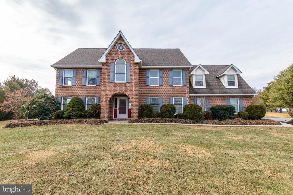 Exterior (Front) - 17314 PINK DOGWOOD CT, MOUNT AIRY