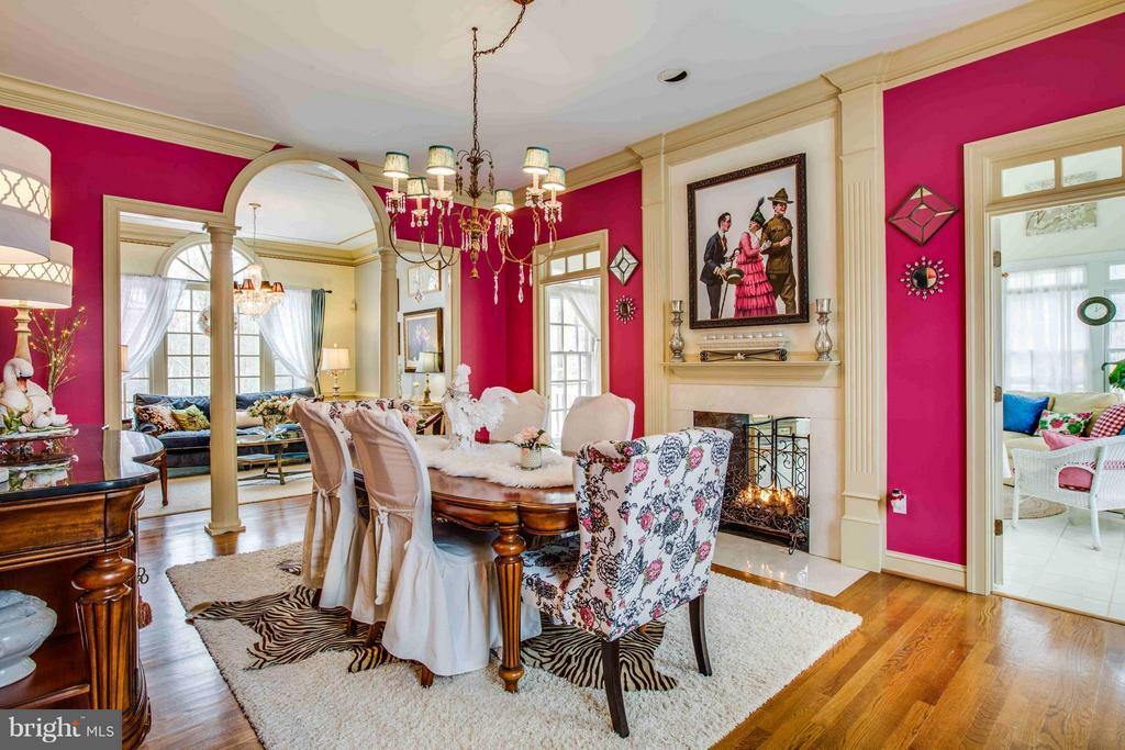 Dining Room with Double Sided Fireplace - 8312 LEE JACKSON CIR, SPOTSYLVANIA