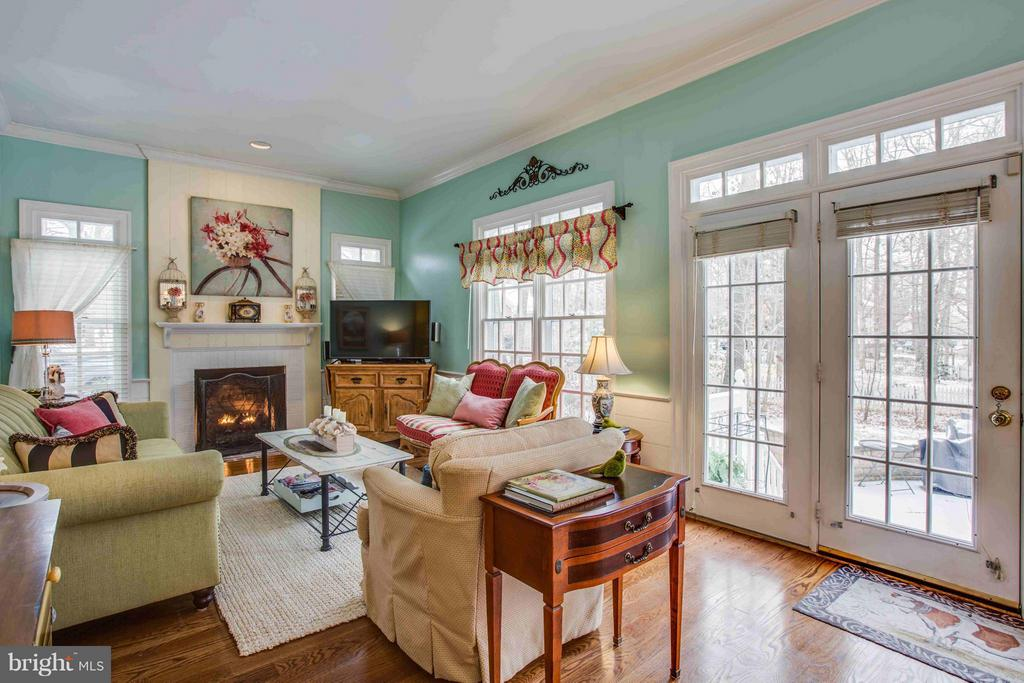 Family Room with Fireplace - 8312 LEE JACKSON CIR, SPOTSYLVANIA