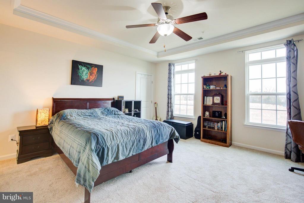 Bedroom (Master) - 24678 FOOTED RIDGE TER, STERLING