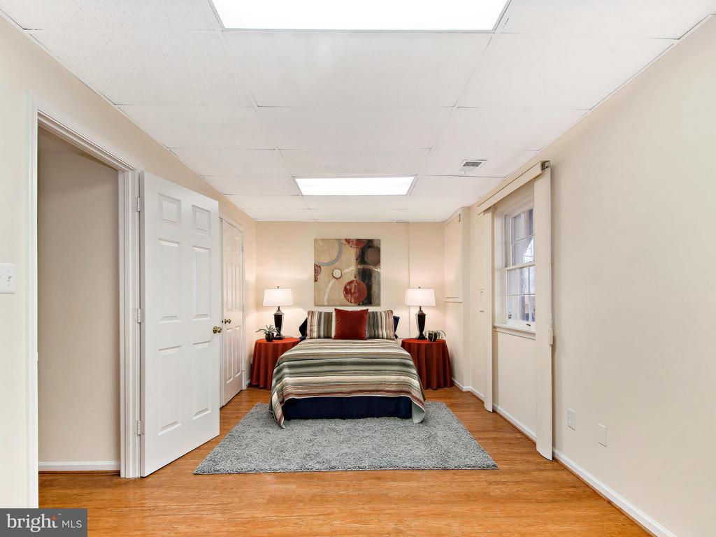 5th Bedroom or Den - 9830 QUAIL RUN CT, FAIRFAX STATION
