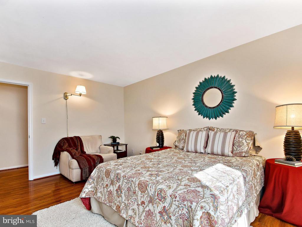 2nd Bedroom - 9830 QUAIL RUN CT, FAIRFAX STATION