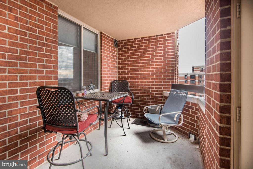 Private balcony - 1276 WAYNE ST #1221, ARLINGTON