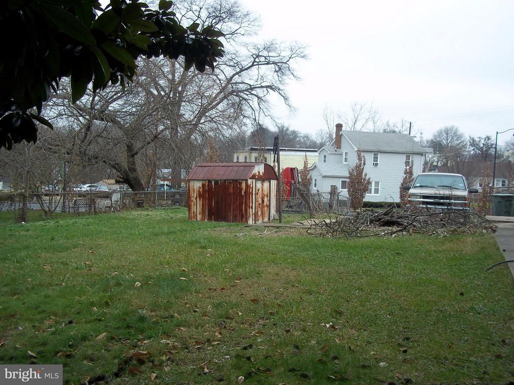 View - 5818 FIELD PL NE, WASHINGTON