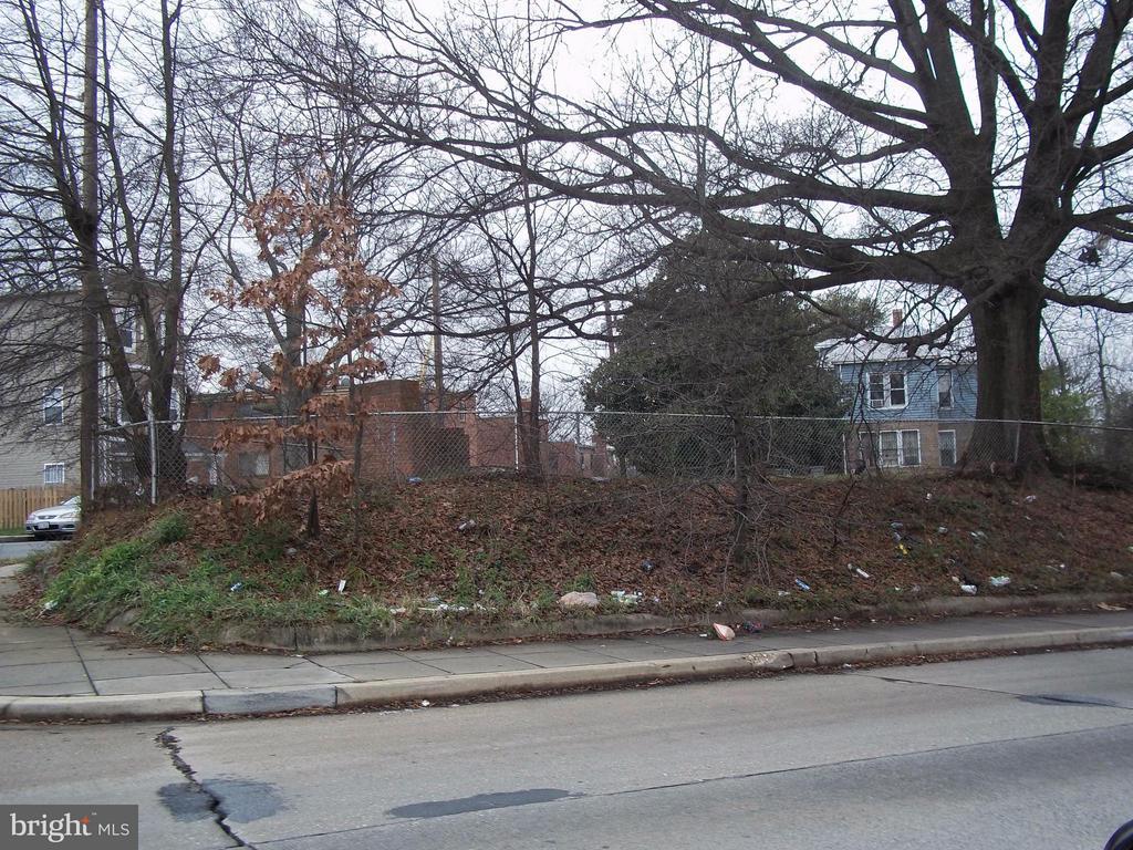 Street View Eastern Ave NE - 5818 FIELD PL NE, WASHINGTON