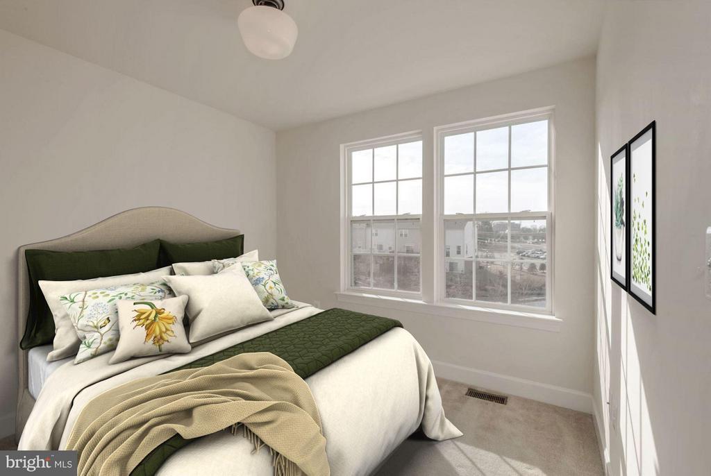Bedroom #3 (1 of 2) - 6206 ROYAL CREST LN, ALEXANDRIA