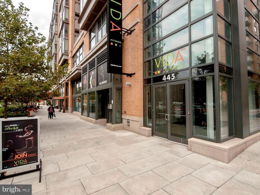 CityVista's Retail includes Vida Spa - 475 K ST NW #505, WASHINGTON