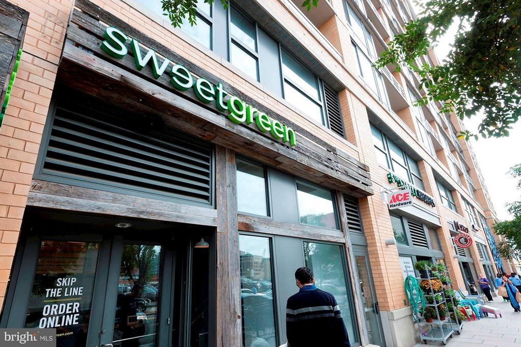 CityVista's Retail includes Sweetgreen, Ace Hardwa - 475 K ST NW #505, WASHINGTON