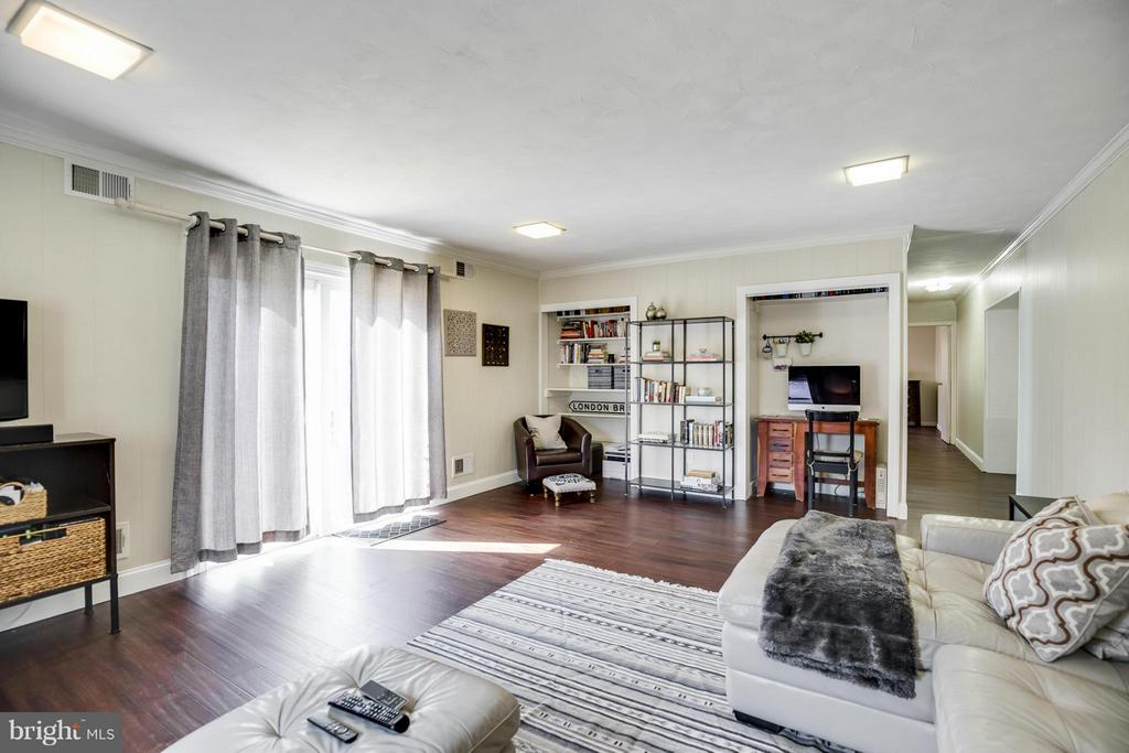 Living Room - 4017 COLONIAL AVE, ALEXANDRIA