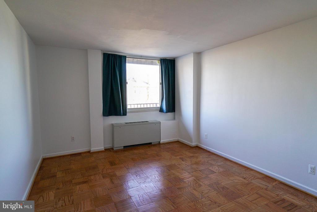 Second bedroom - 4343 LEE HWY #203, ARLINGTON