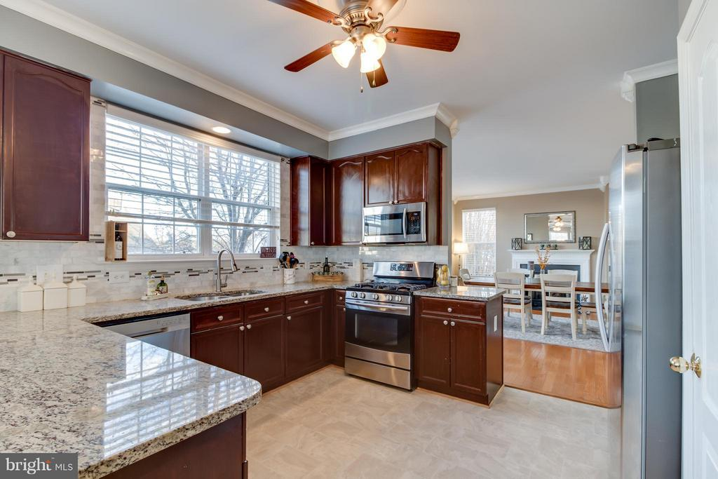 Stainless Steel Appliances - 5099 HIGGINS DR, DUMFRIES