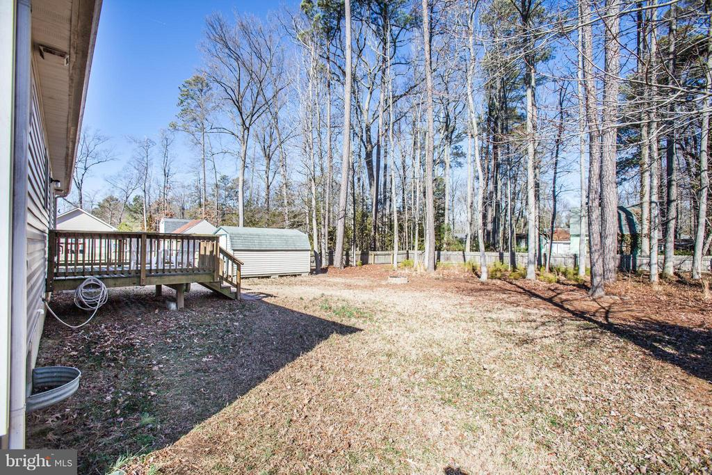 Big Fenced Yard - 104 GREENWAY DR, COLONIAL BEACH