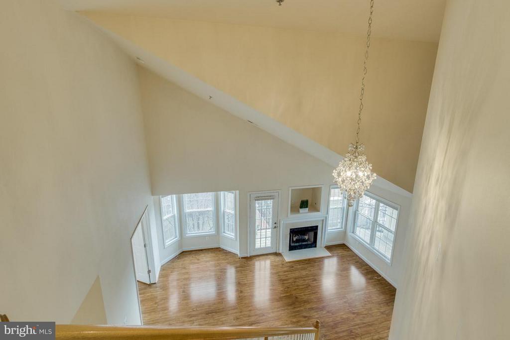 Living Room from Master Suite door - 1321 ADAMS CT N #402, ARLINGTON