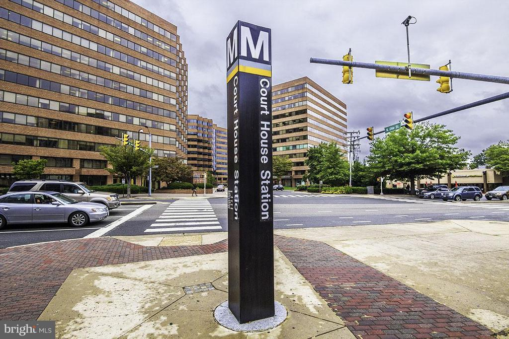 Courthouse Metro station is 3 blocks away. - 1321 ADAMS CT N #402, ARLINGTON