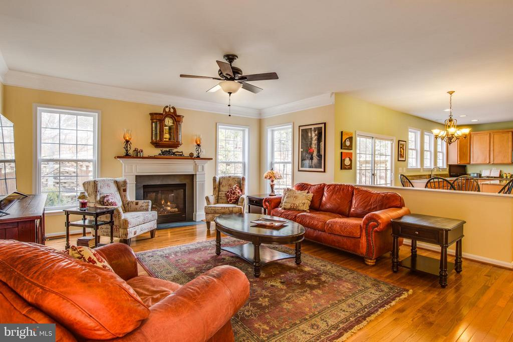 Open concept into kitchen from family room. - 6 GARNER DR, FREDERICKSBURG