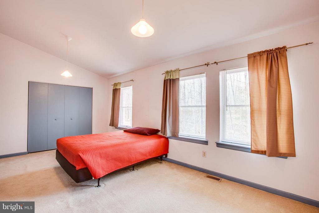 Bedroom - 115 MEADOWS RD, FREDERICKSBURG