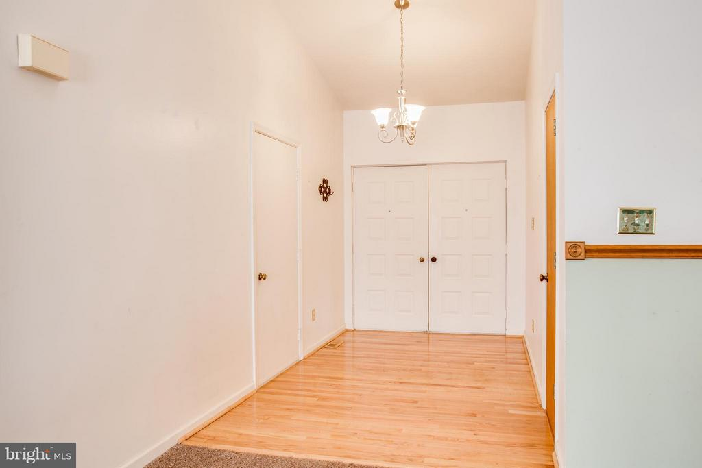 front foyer with access to garage - 115 MEADOWS RD, FREDERICKSBURG