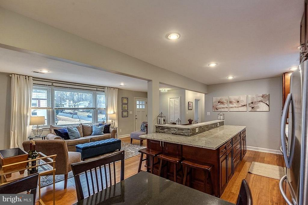Interior (General) - 407 HINSDALE CT, SILVER SPRING
