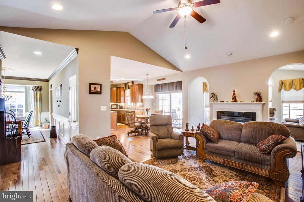 Open floor plan - 35115 SOMERSET RIDGE RD, LOCUST GROVE