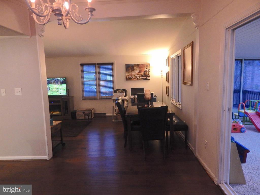 View from Foyer of L-shaped Dining into Living Rm - 1309 EASTOVER PKWY, LOCUST GROVE