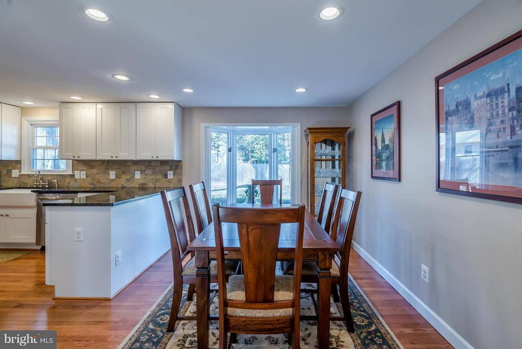 Dining Room with Recessed Lighting and  Bay Window - 9304 BURNETTA DR, FAIRFAX