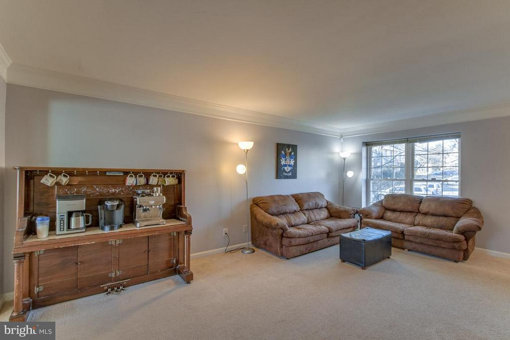 Living Room - 2673 MCGUFFEYS CT, WOODBRIDGE