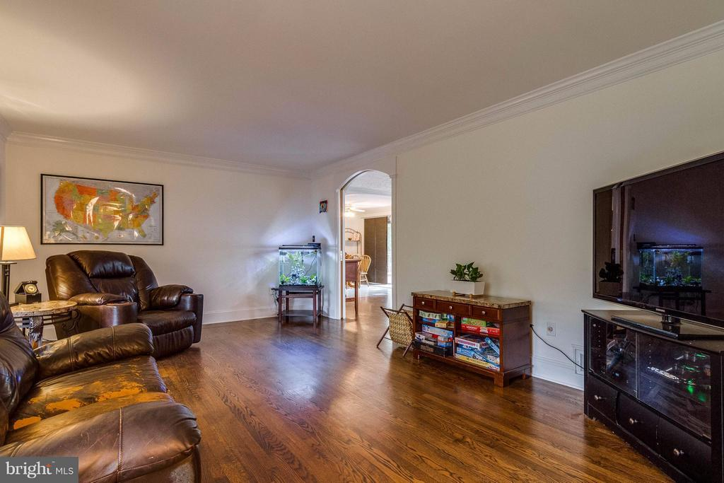 Main level family room - 18348 SHARON RD, TRIANGLE