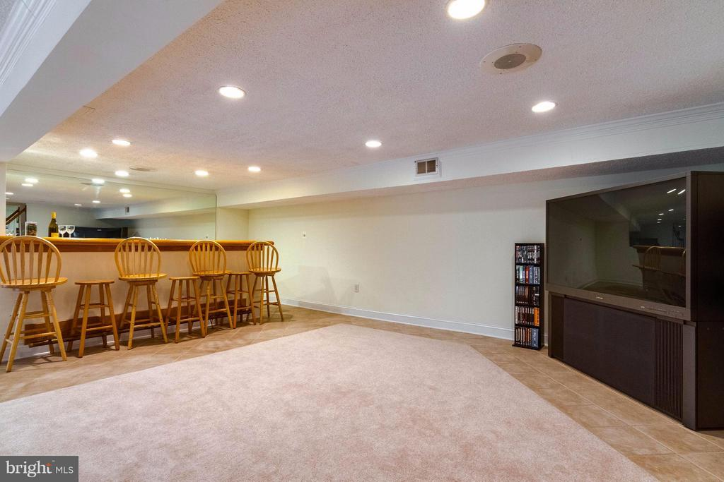 Rec. room in basement. TV and system convey - 18348 SHARON RD, TRIANGLE