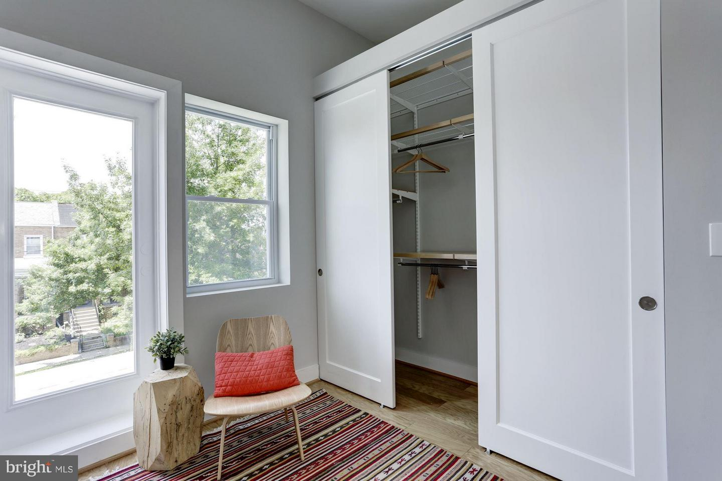 Additional photo for property listing at 4631 5th St NW 4631 5th St NW Washington, District Of Columbia 20011 United States