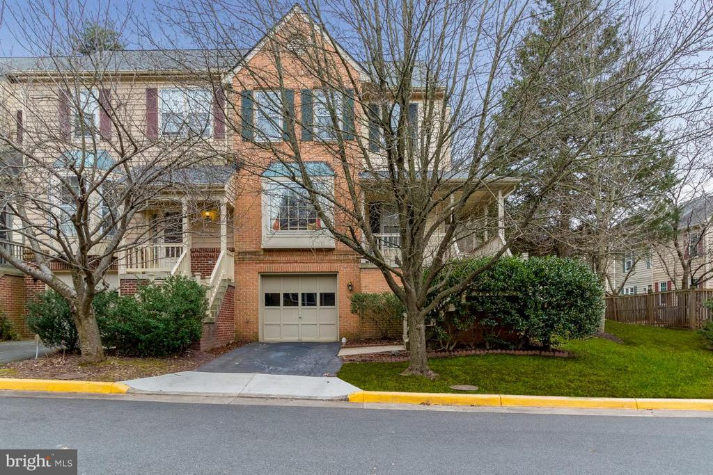 WELCOME TO 11745 GREAT OWL CIRCLE - 11745 GREAT OWL CIR, RESTON