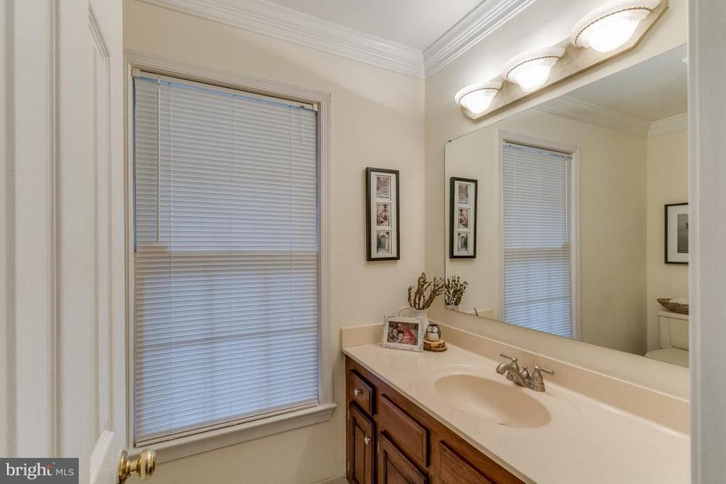 Main Level Half Bath - 11745 GREAT OWL CIR, RESTON