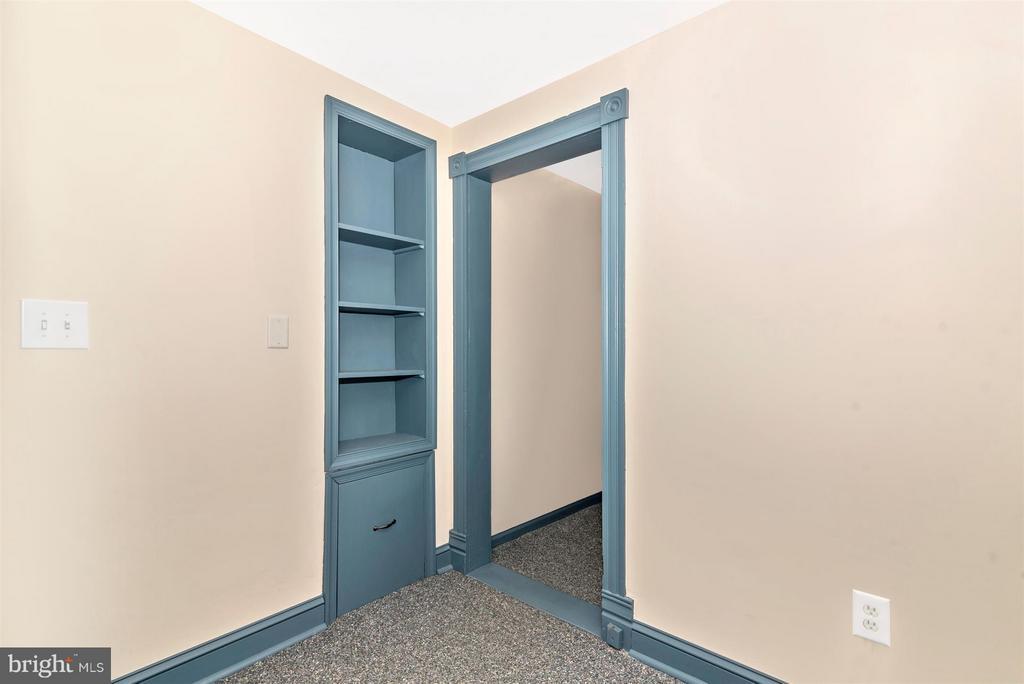 Laubdry Room Entrance - 5639 MOUNTVILLE RD E, ADAMSTOWN