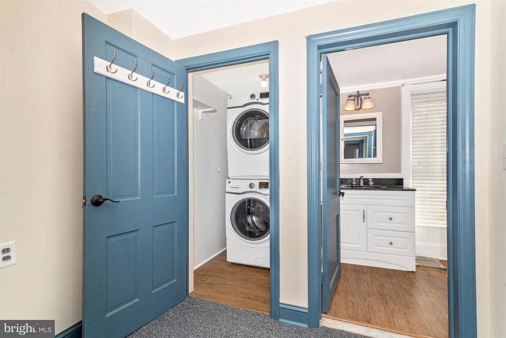 2nd Floor Laundry Room - 5639 MOUNTVILLE RD E, ADAMSTOWN
