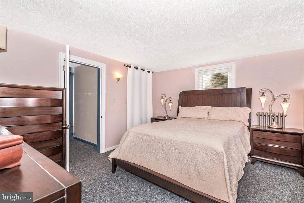 Bedroom (Master) - 5639 MOUNTVILLE RD E, ADAMSTOWN