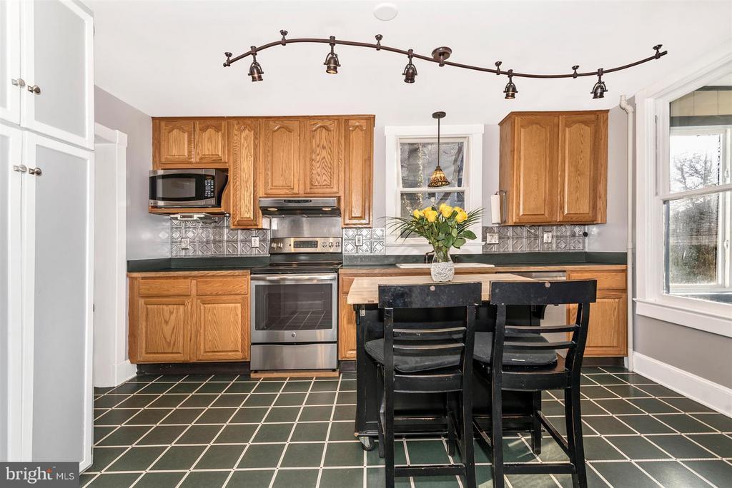Kitchen - 5639 MOUNTVILLE RD E, ADAMSTOWN