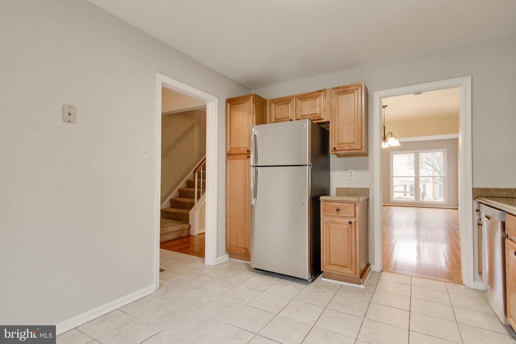 Kitchen - 11755 CRITTON CIR, WOODBRIDGE