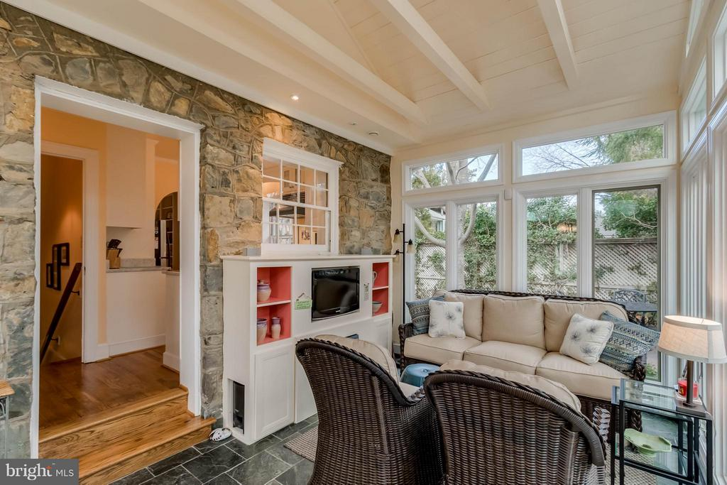 Lovely Sunroom Additiion with Electric Fireplace - 225 MARKET ST, LEESBURG