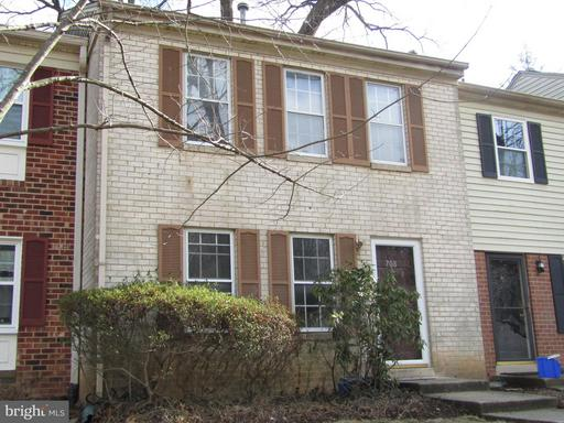 708 COLLEGE PKWY #3