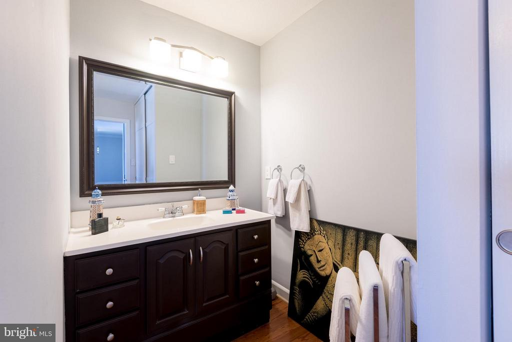 Bath (Master) - 1718 P ST NW #806, WASHINGTON
