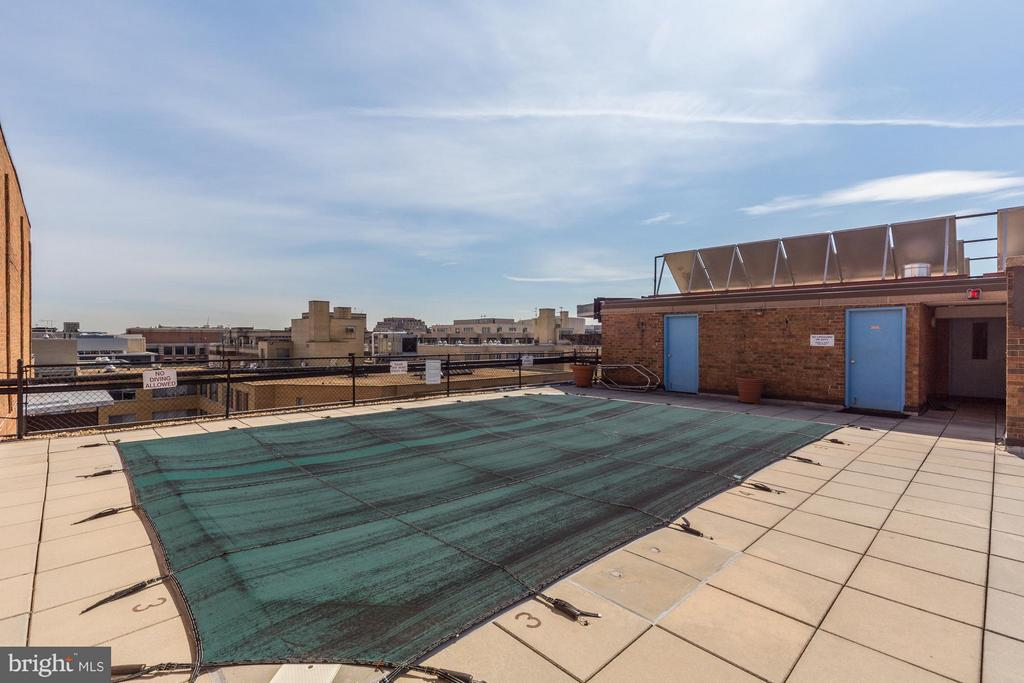 Roof deck/pool - 1718 P ST NW #806, WASHINGTON