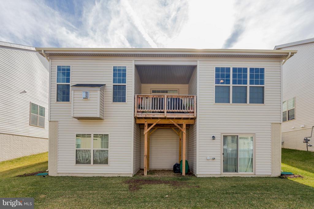 Deck/Walk-Out Basement - 5819 E CARNIFEX FERRY RD, FREDERICKSBURG