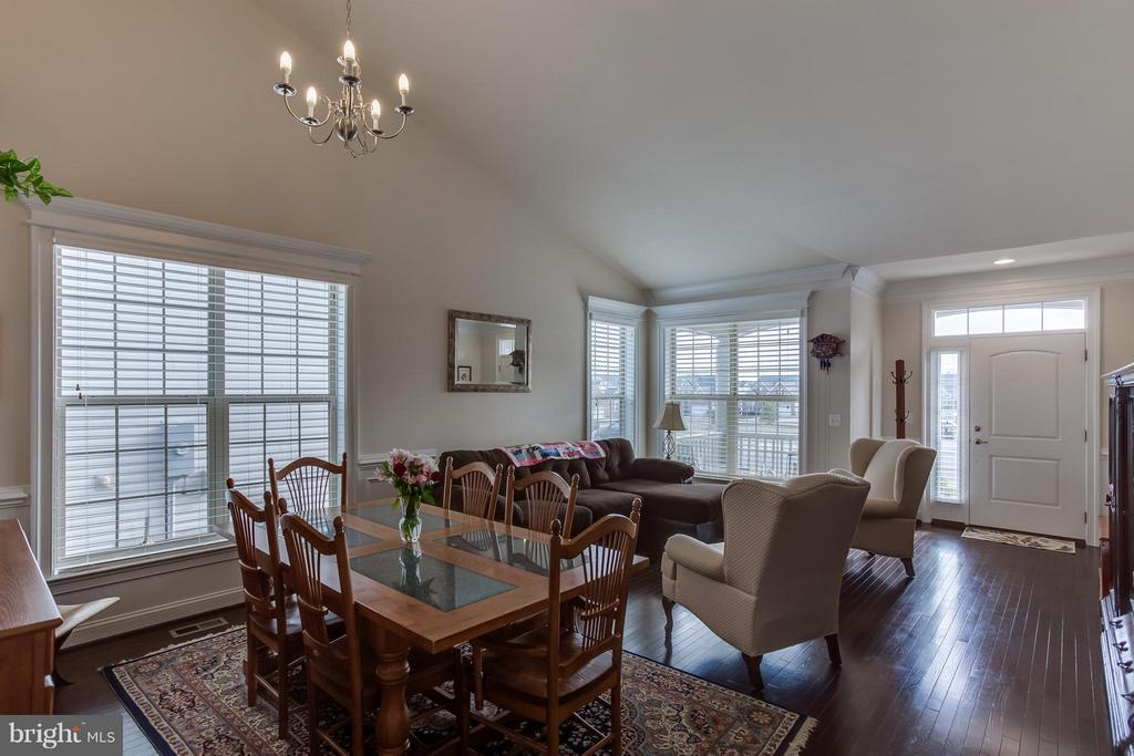 Living/Dining Room Spaces - 5819 E CARNIFEX FERRY RD, FREDERICKSBURG